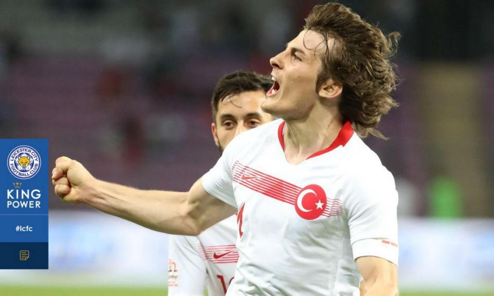 OFICIAL: Leicester anuncia acordo por Söyüncü... com um «mas»