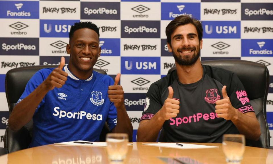 Everton confirma André Gomes e Yerry Mina