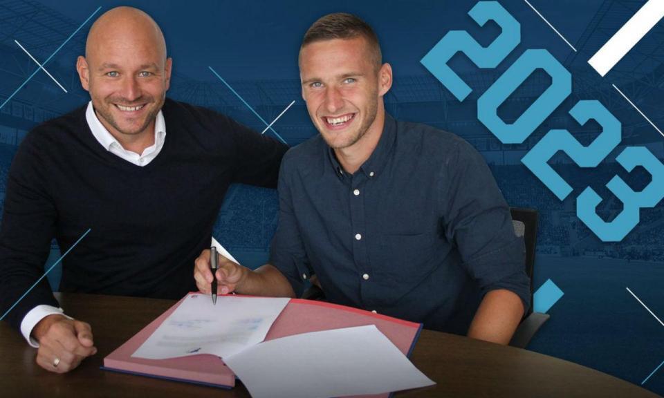 OFICIAL: Kaderabek prolonga contrato com o Hoffenheim até 2023