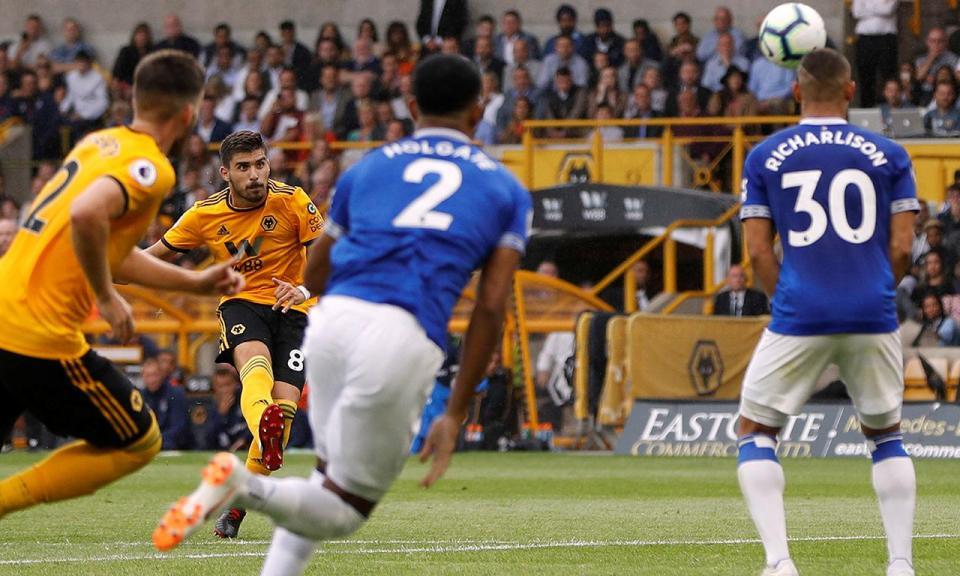 Wolves-Everton termina 2-2 e um português brilha mais do que outros