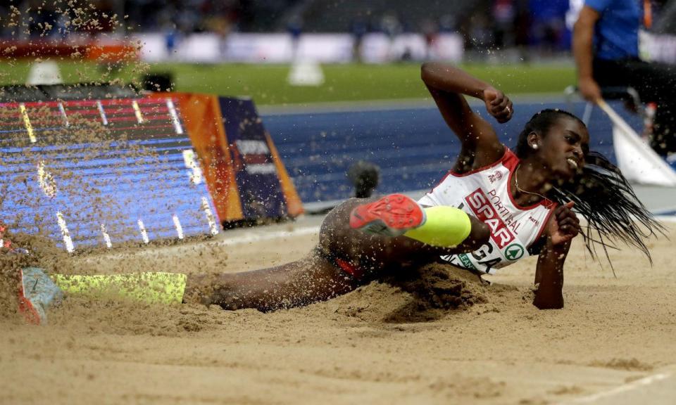 Europeus Atletismo: Evelise Veiga oitava no comprimento