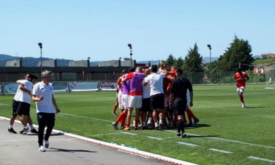 II Liga: Benfica B vence e assume liderança à condição
