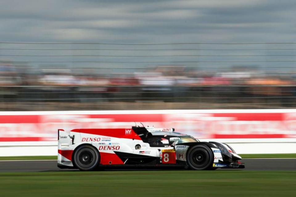 Toyota são desclassificados e Alonso perde vitória em Silverstone