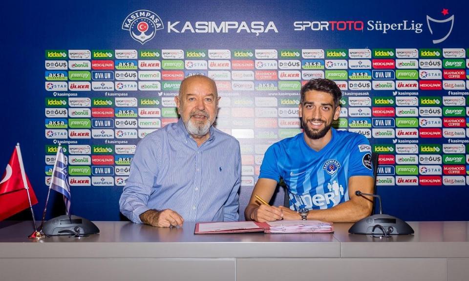 OFICIAL: Josué Sá ruma à Turquia por empréstimo do Anderlecht