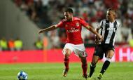 Benfica: Zivkovic integra a lista da Sérvia para a estreia na Liga das Nações
