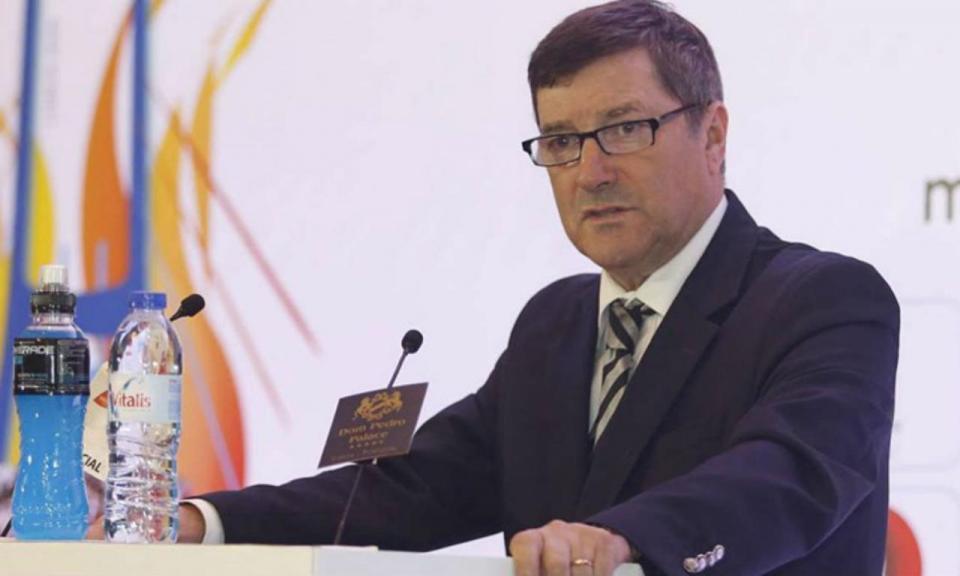 Ex-presidente do IPDJ volta a questionar postura do Benfica