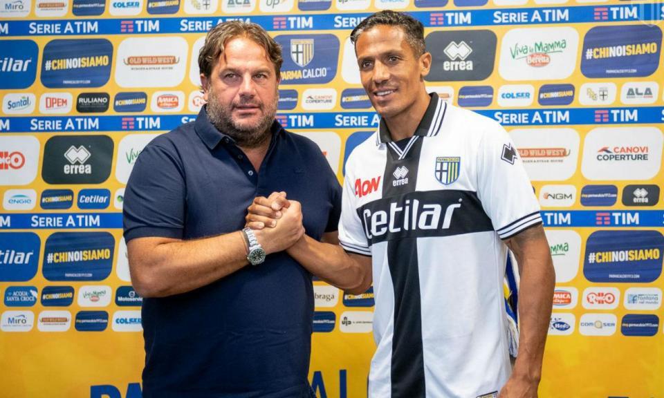 Itália: Bruno Alves titular na vitória do Parma em Turim