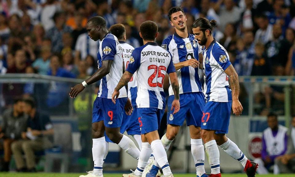 Cinco golos sofridos em três jogos, o pior registo do FC Porto desde 1969