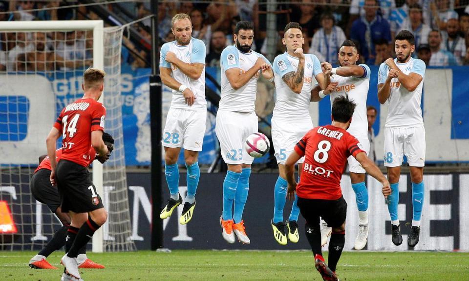 Marselha salva um ponto frente ao Rennes