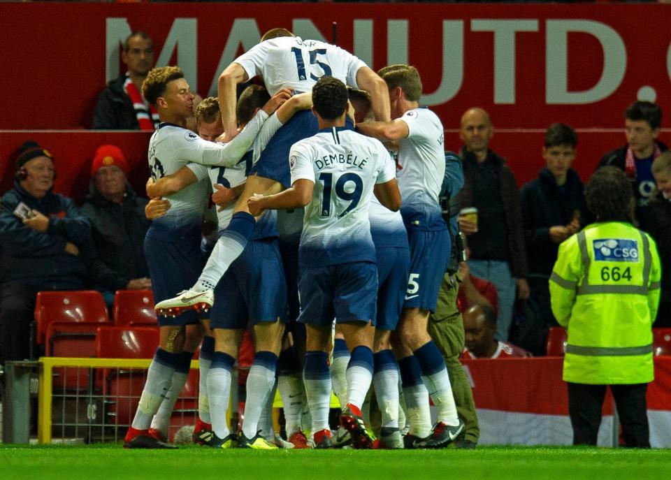 Inglaterra: Mourinho humilhado em casa pelo Tottenham