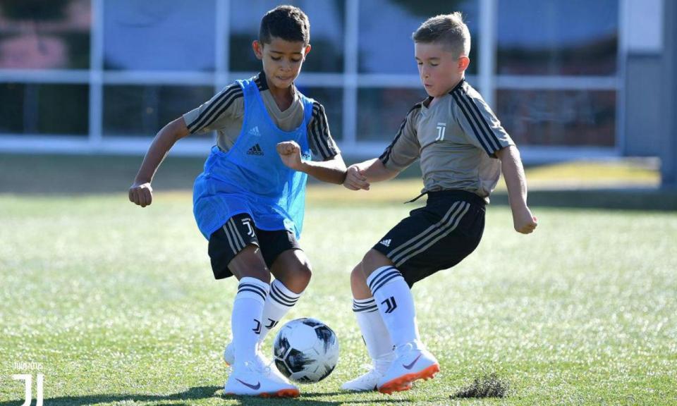 FOTO: Cristianinho já treina na Juventus