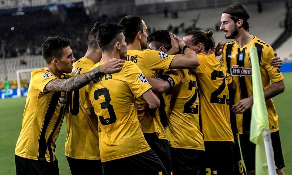 Atenção Benfica: AEK Atenas goleia