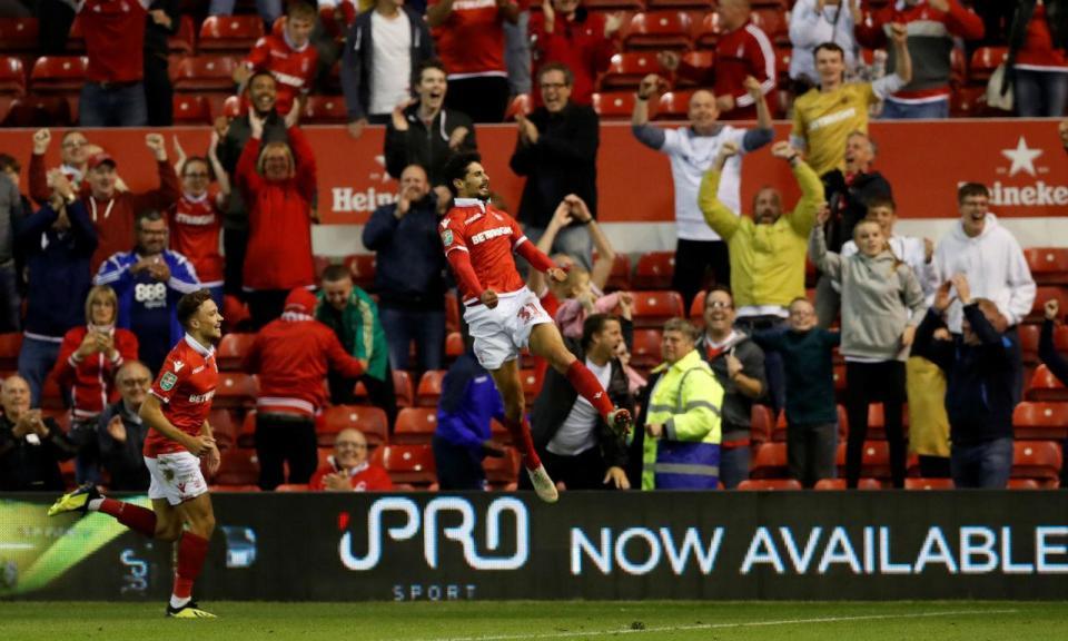 Championship: três portugueses no empate do Nottingham Forest