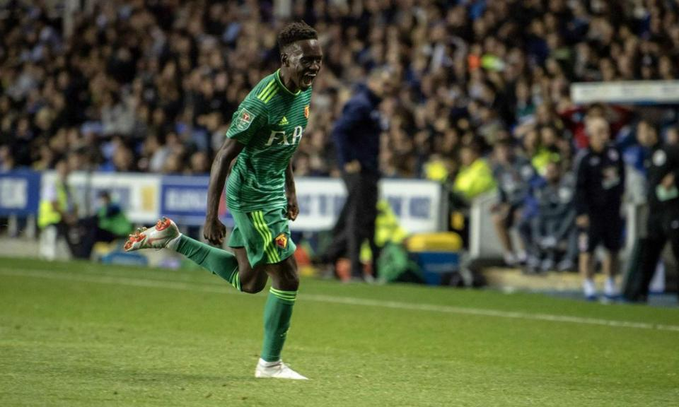 VÍDEO: o golaço de Domingos Quina na estreia pelo Watford