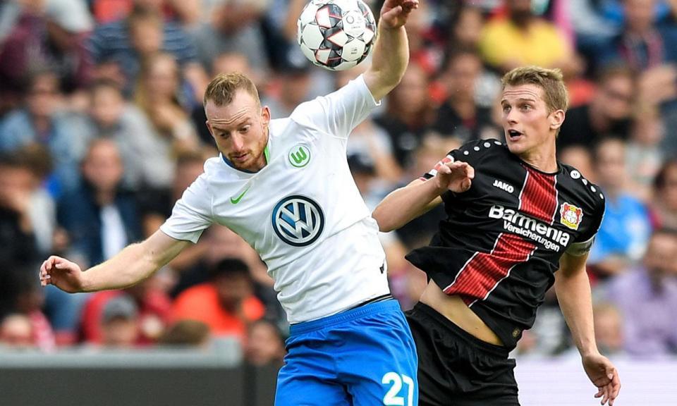 Bayer Leverkusen volta a vencer e afasta-se da zona de descida