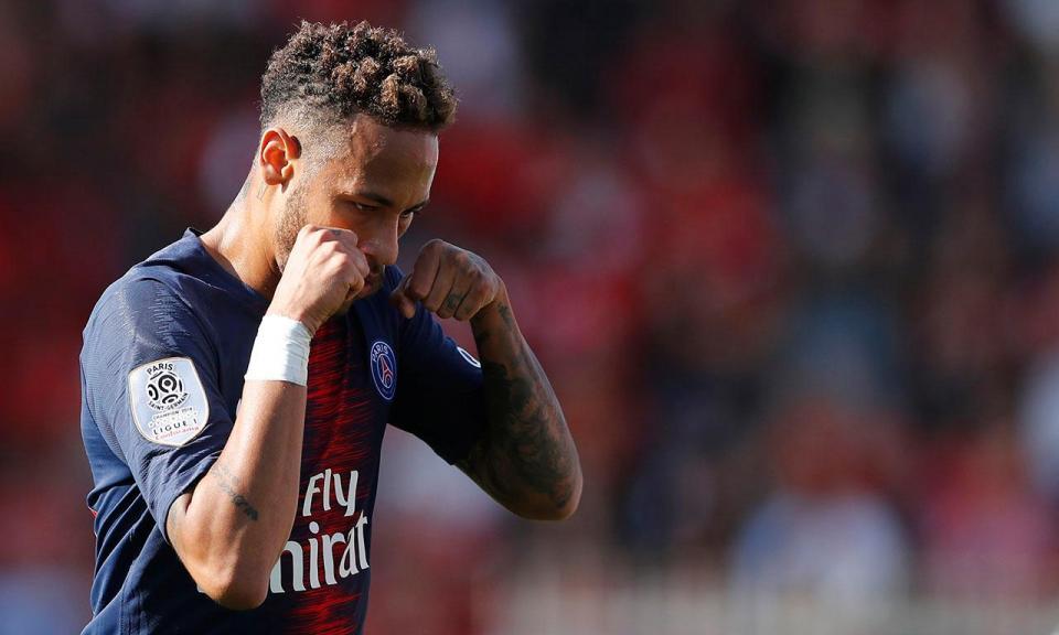 VÍDEO: PSG vence com «choro» de Neymar, golo olímpico e rapidez de Mbappé