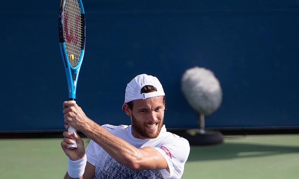 US Open: João Sousa apura-se para os oitavos e faz história