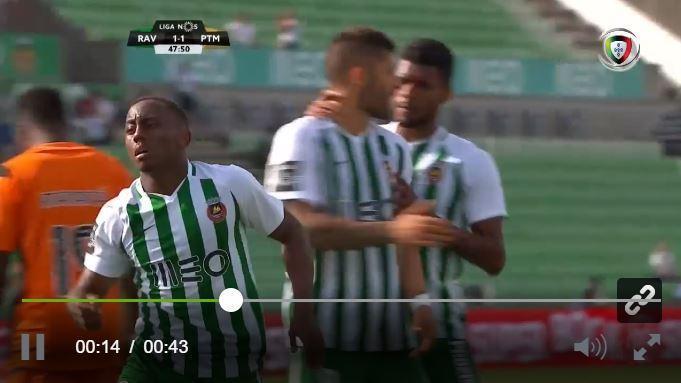 VÍDEO: Gabrielzinho marca e faz o empate a abrir a segunda parte
