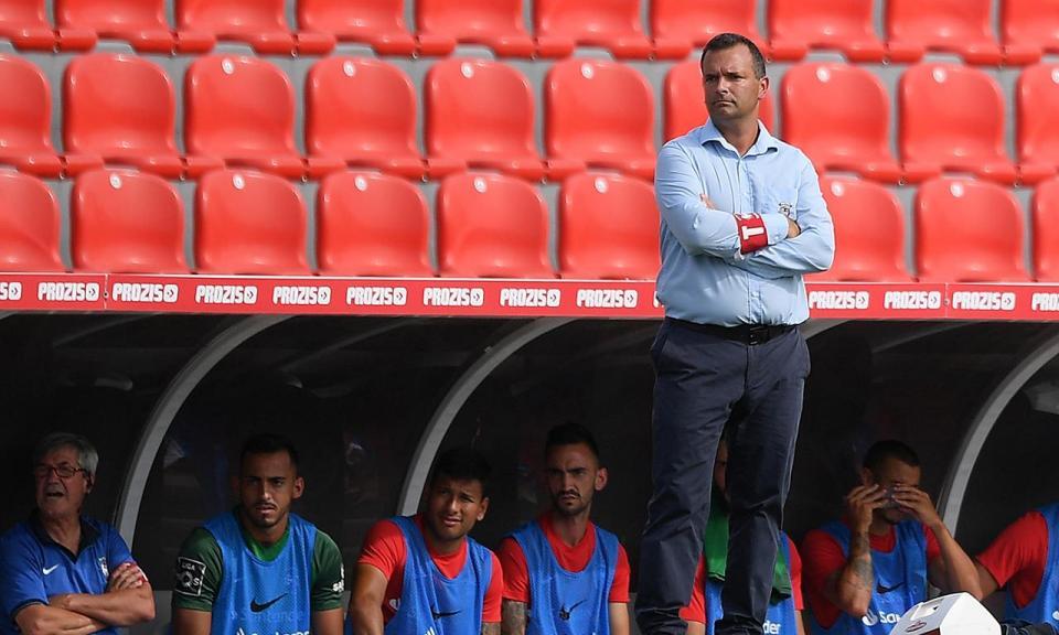 Marítimo: insultos na saída da equipa após derrota na Choupana