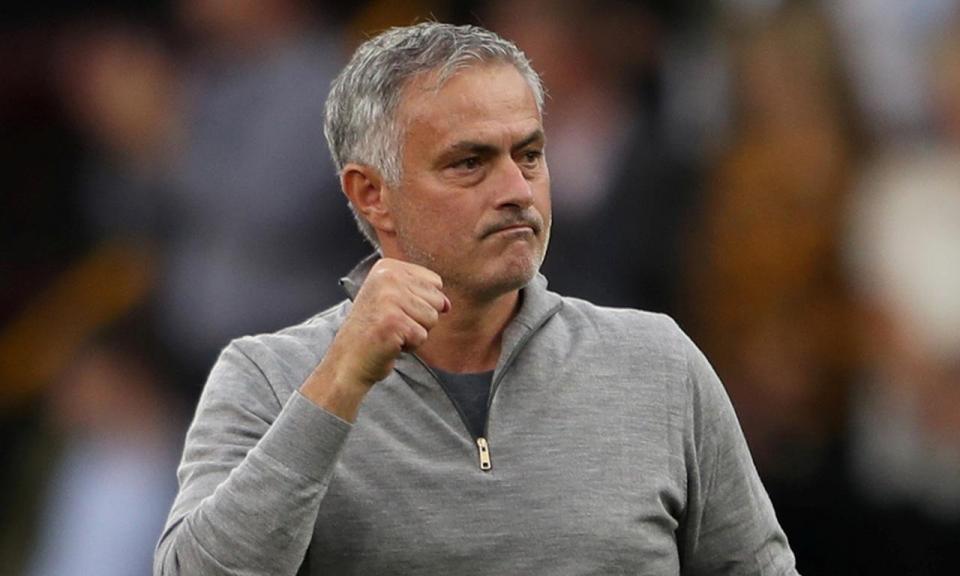«Liguei ao Mourinho a dizer que não ia para o Manchester United»