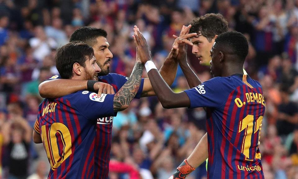 Bis de Messi e Suarez: Barça dá chapa 8 ao Huesca de Luisinho e Semedo