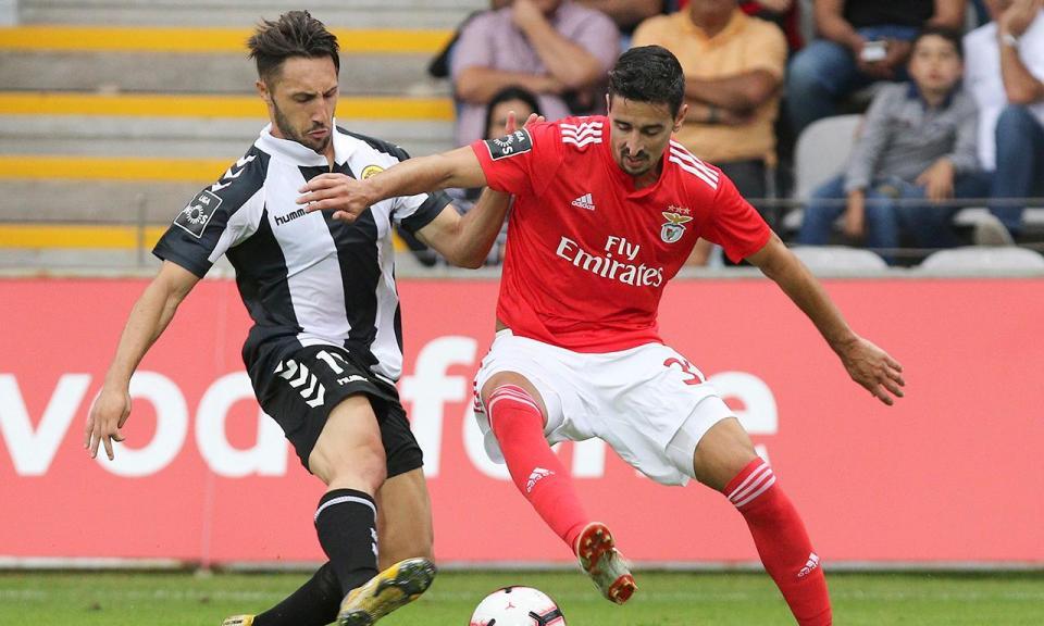 Resumo Benfica Nacional: Benfica-Nacional: Três Mudanças Nas águias