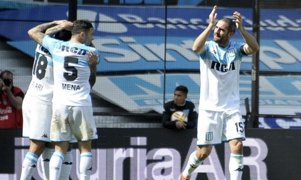 Lisandro Lopez marca e Racing rouba a liderança ao Rosario Central