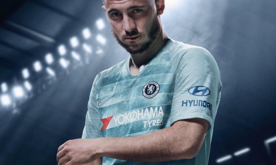 FOTO: é este o terceiro equipamento do Chelsea para 2018/19