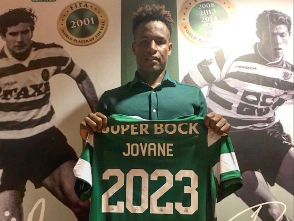 OFICIAL: Jovane Cabral renova até 2023