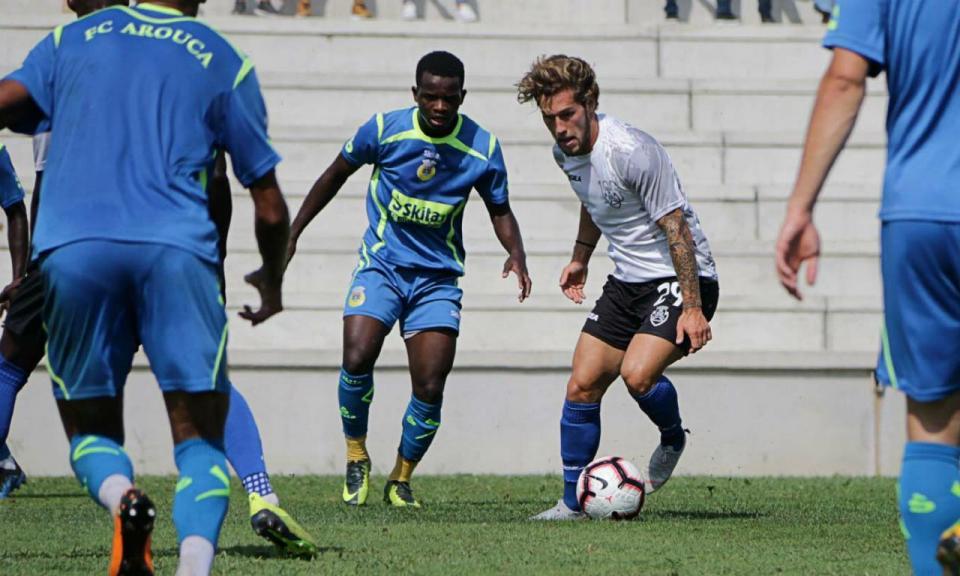 Feirense vence Arouca em jogo de preparação