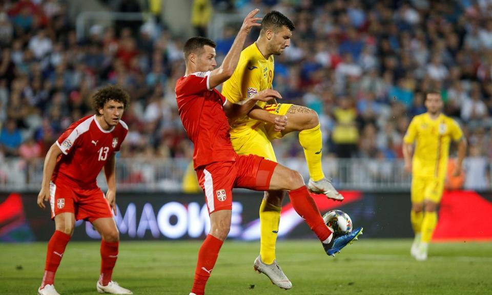 Sérvia empata em casa com Zivkovic no banco