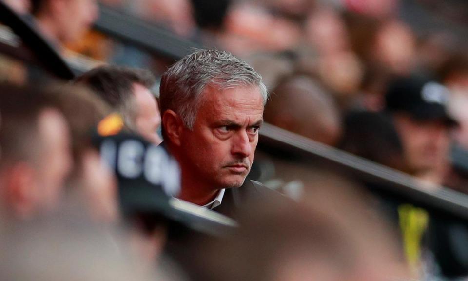 Mourinho coloca ponto final na invencibilidade do Watford