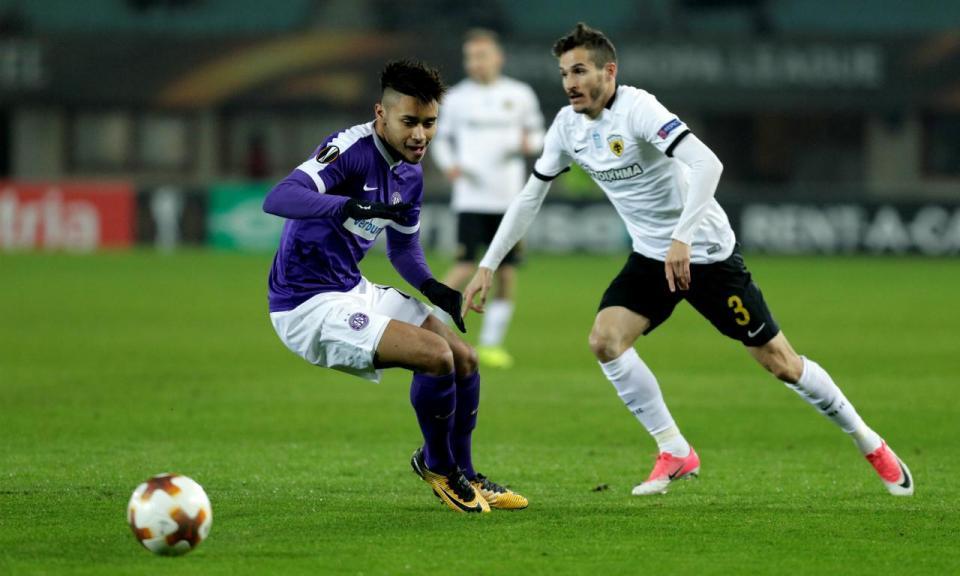 OFICIAL: AEK renova com Hélder Lopes