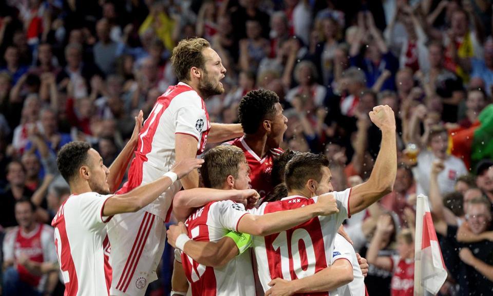 Atenção Benfica: Ajax vence Sittard de André Vidigal