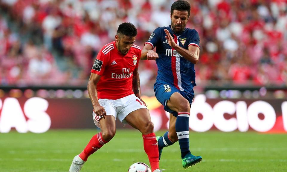 Benfica: Jardel e Gabriel de fora, Salvio e Ferreyra regressam
