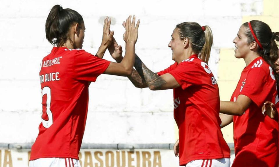 Futebol feminino: Benfica vence por «apenas» 19-0