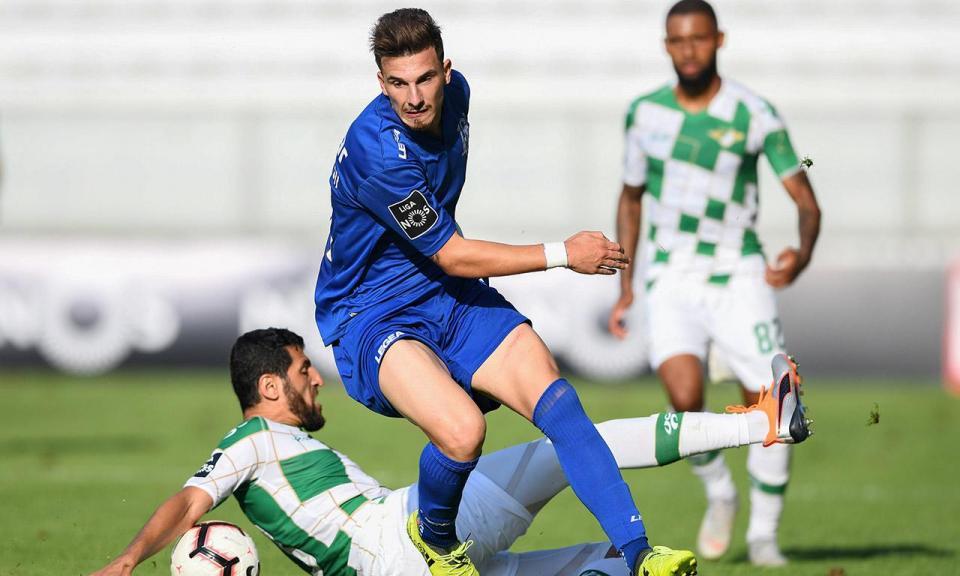 Feirense vence 4-2 em jogo-treino com o Famalicão