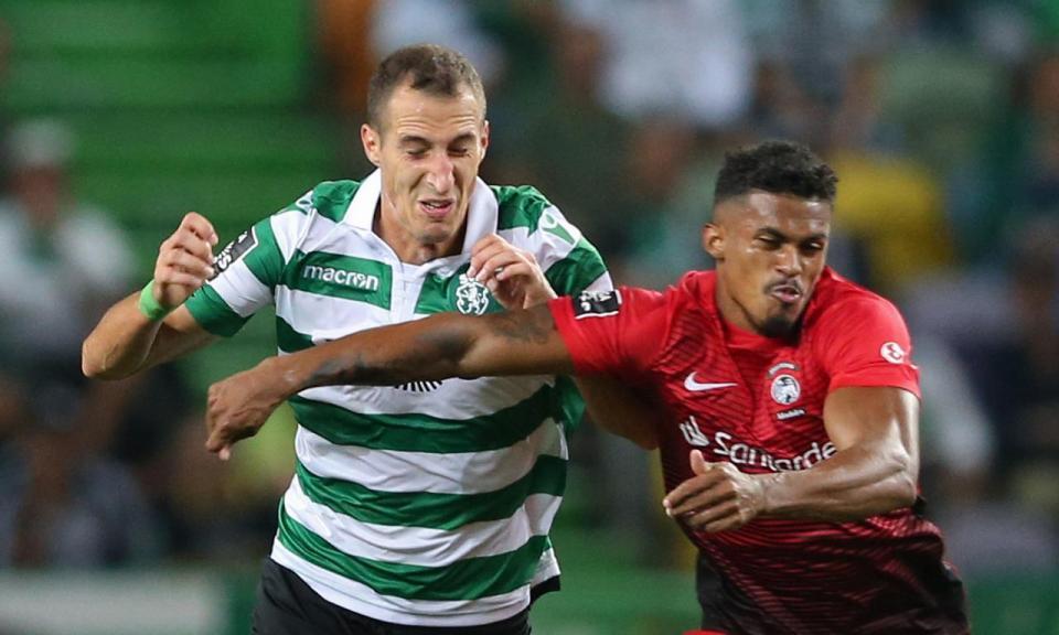 Petrovic: «Não é fácil, para eles não interessa contra quem jogam»