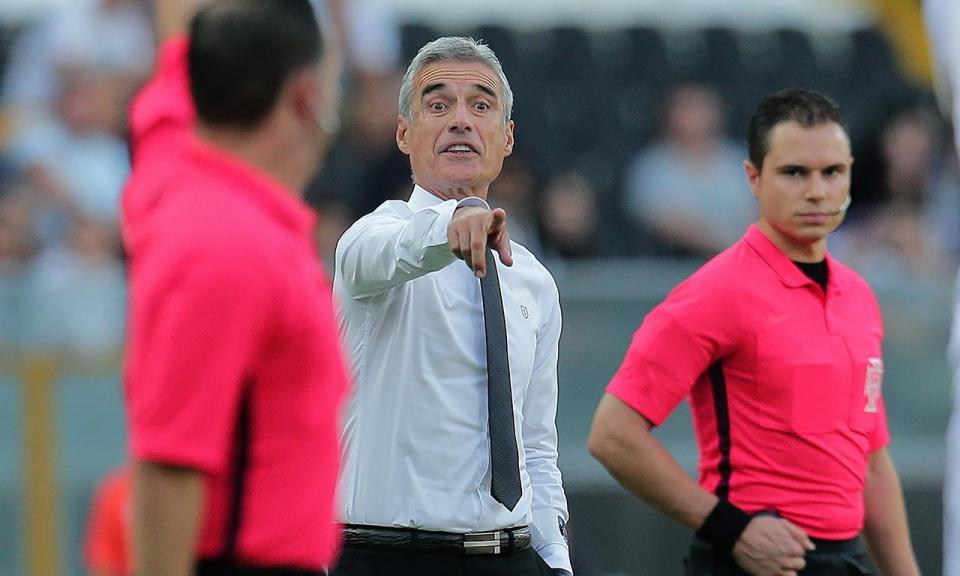 Luís Castro: «A equipa está revoltada, mas motivada e com ambição»