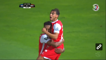 VÍDEO: erro de Muriel e Ricardo Horta faz o 2-0 com uma «bomba»