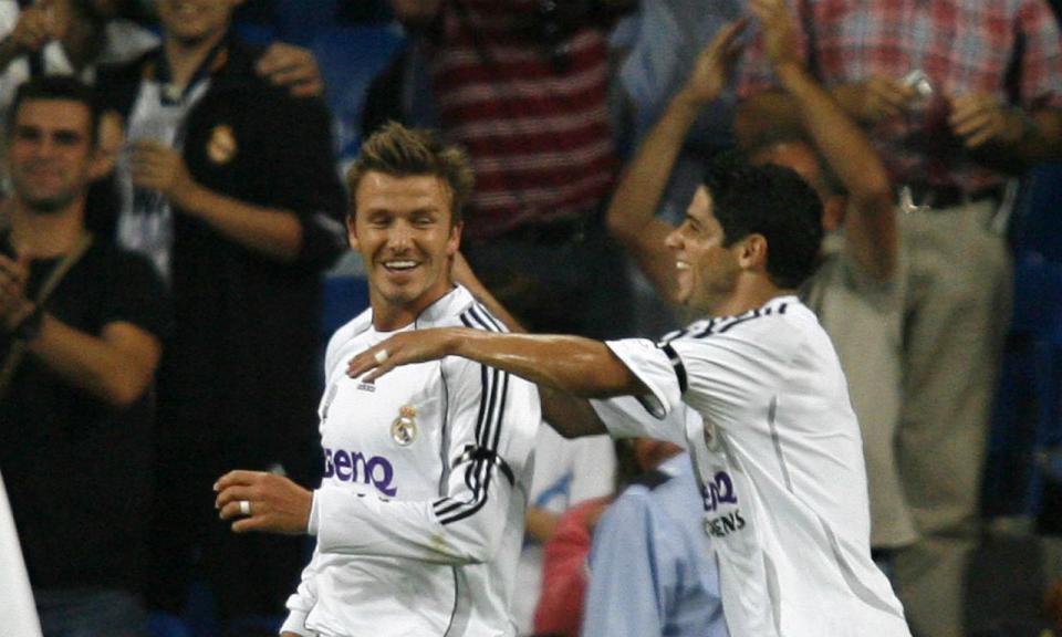 Cicinho: «Gastei 25 mil euros na loja do Beckham e pensei: m****»