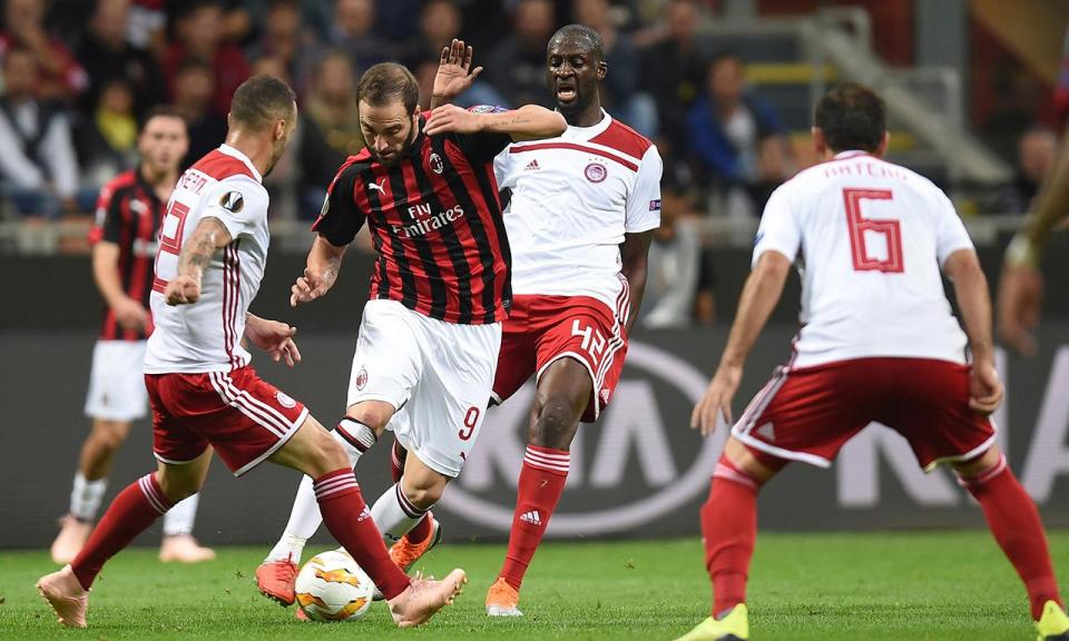 LE: Milan bate Pedro Martins com reviravolta, William vence