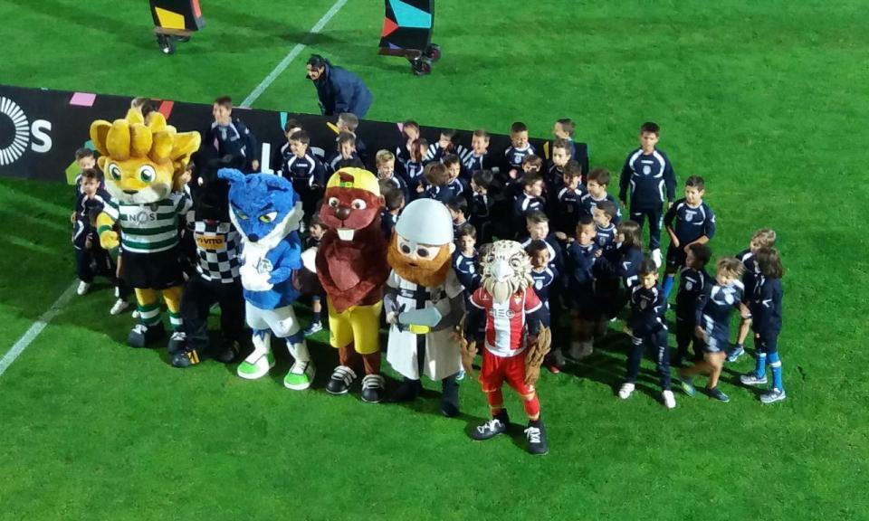 Feirense apresenta Billas com a presença de cinco mascotes