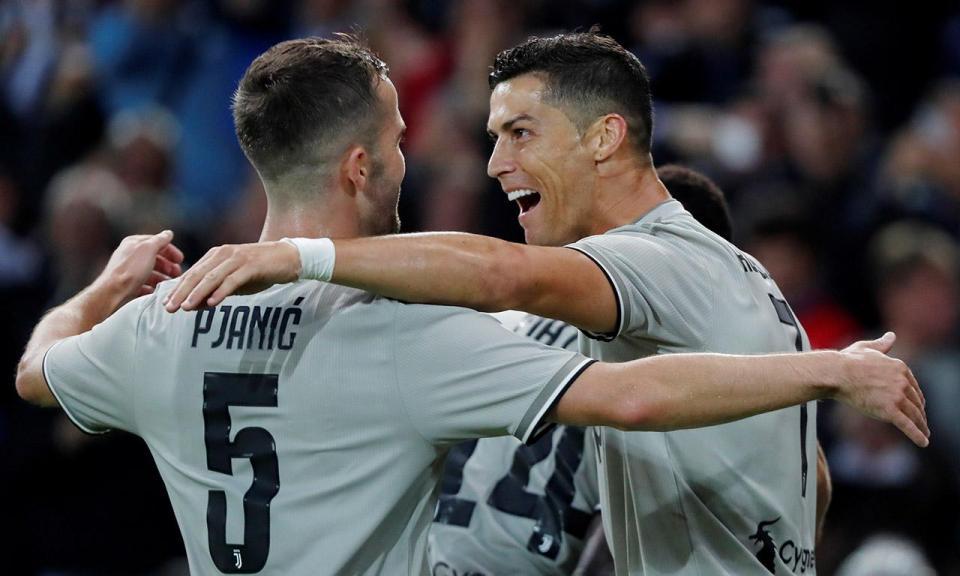 VÍDEO: Ronaldo marca e Juventus mantém pleno de vitórias