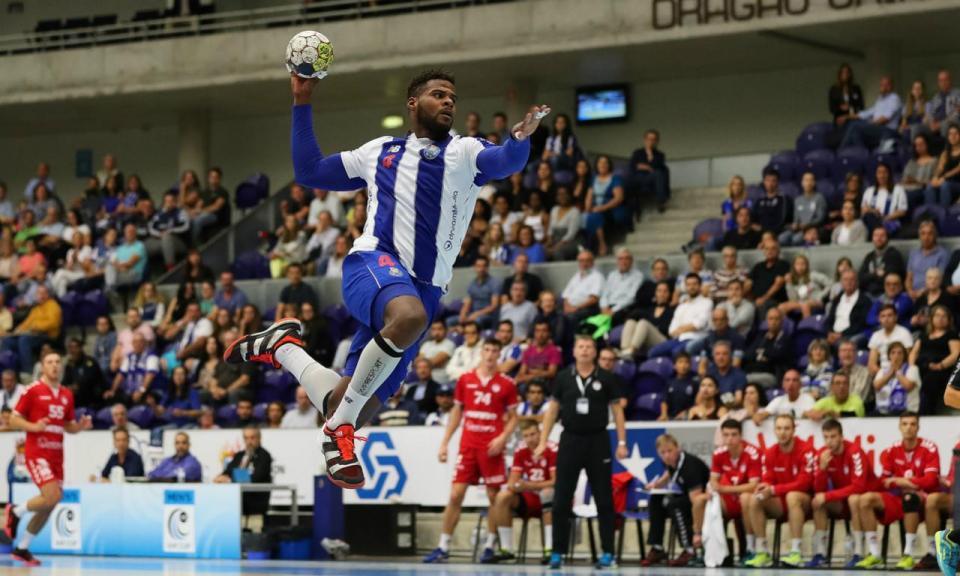 Andebol: FC Porto vence na estreia na fase de grupos da Taça EHF