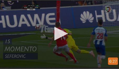 VÍDEO: livre de Pizzi e Casillas desarma Seferovic