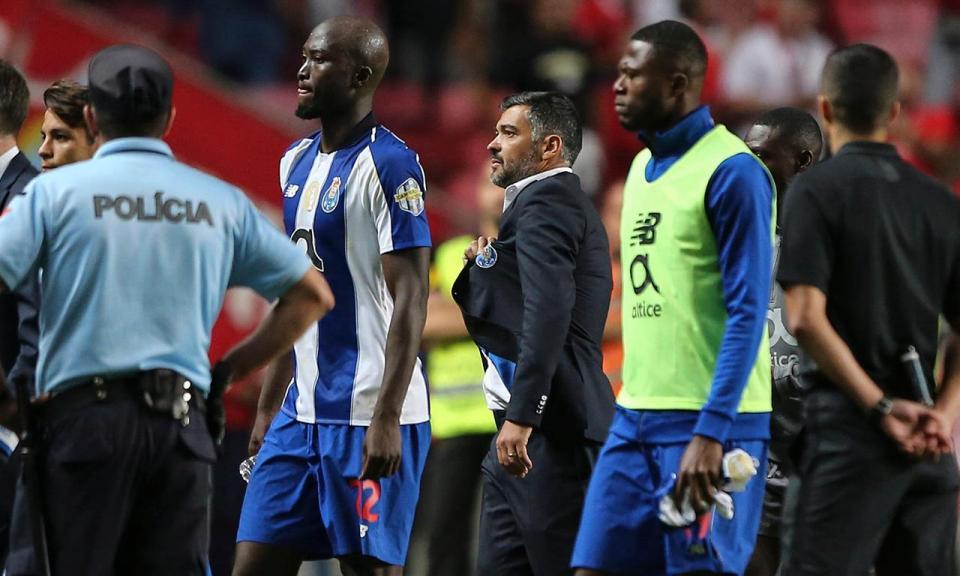 Benfica: Conselho de Disciplina mantém multa da «tourada»