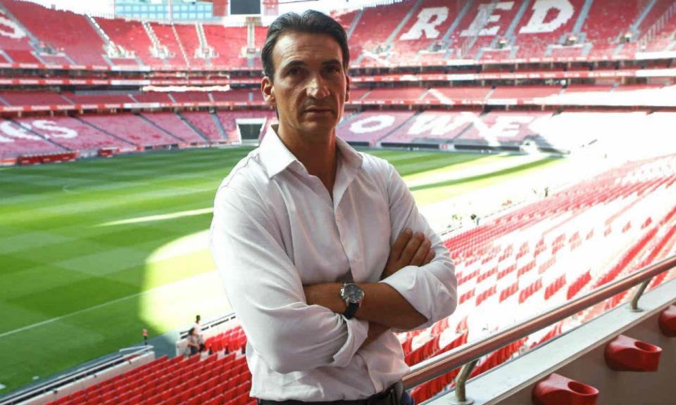 Benfica: ex-jogador assume coordenação técnica do futebol feminino