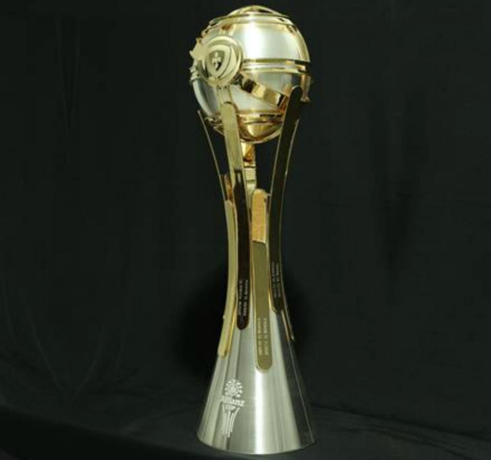 FOTO  já viu o novo troféu da Taça da Liga   7399c1b2c1306