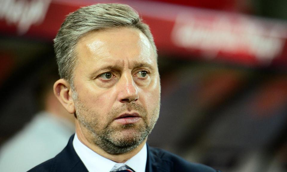 Jerzy Brzeczek: «Com os golos de Portugal fomos abaixo»